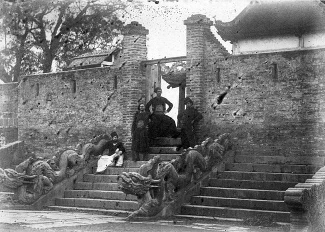 Ảnh lịch sử vô giá về điện Kính Thiên ở Hoàng thành Hà Nội - Ảnh 3.