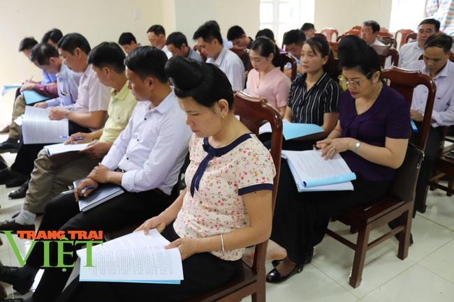 Hội Nông dân Sơn La: Tổ chức xây dựng công tác hội vững mạnh - Ảnh 5.