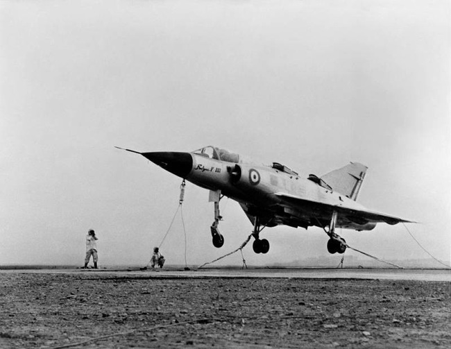 Cái kết đắng cho tham vọng máy bay cất cánh thẳng đứng của Pháp - Ảnh 4.