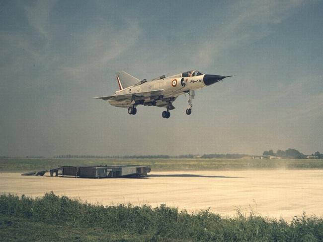 Cái kết đắng cho tham vọng máy bay cất cánh thẳng đứng của Pháp - Ảnh 8.