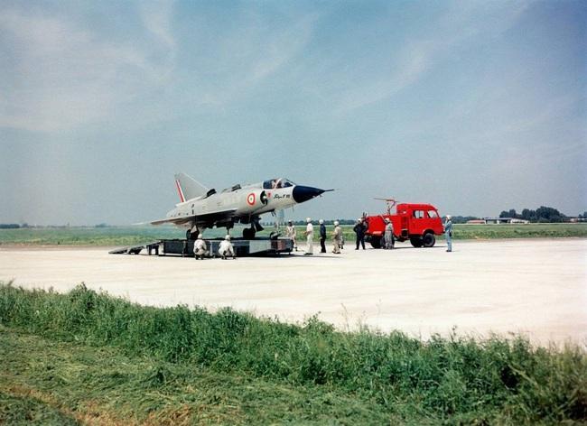Cái kết đắng cho tham vọng máy bay cất cánh thẳng đứng của Pháp - Ảnh 11.