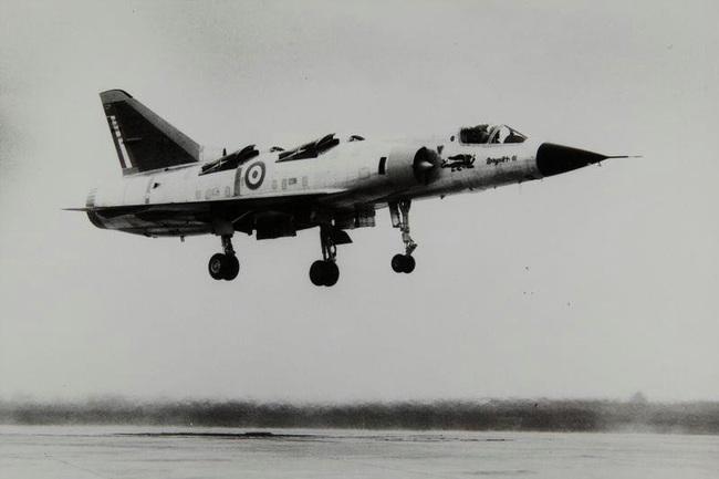 Cái kết đắng cho tham vọng máy bay cất cánh thẳng đứng của Pháp - Ảnh 13.