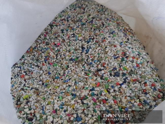 Độc nhất vô nhị: Ngôi nhà thông minh được làm từ rác thải nhựa, có thể tháo ra, lắp lại như chơi lego  - Ảnh 5.