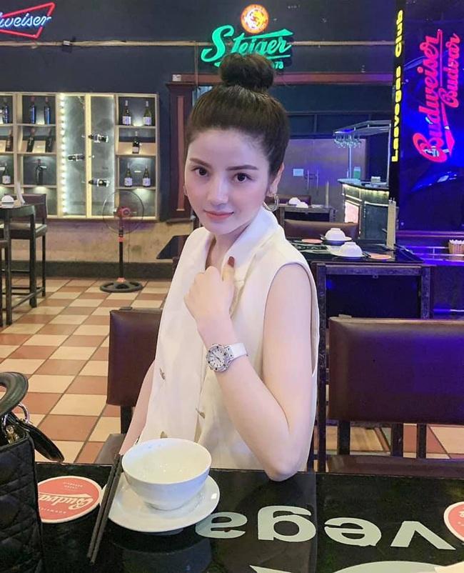 Đây! Lý do bạn gái tin đồn của Quang Hải dáng đẹp như hoa hậu - Ảnh 7.
