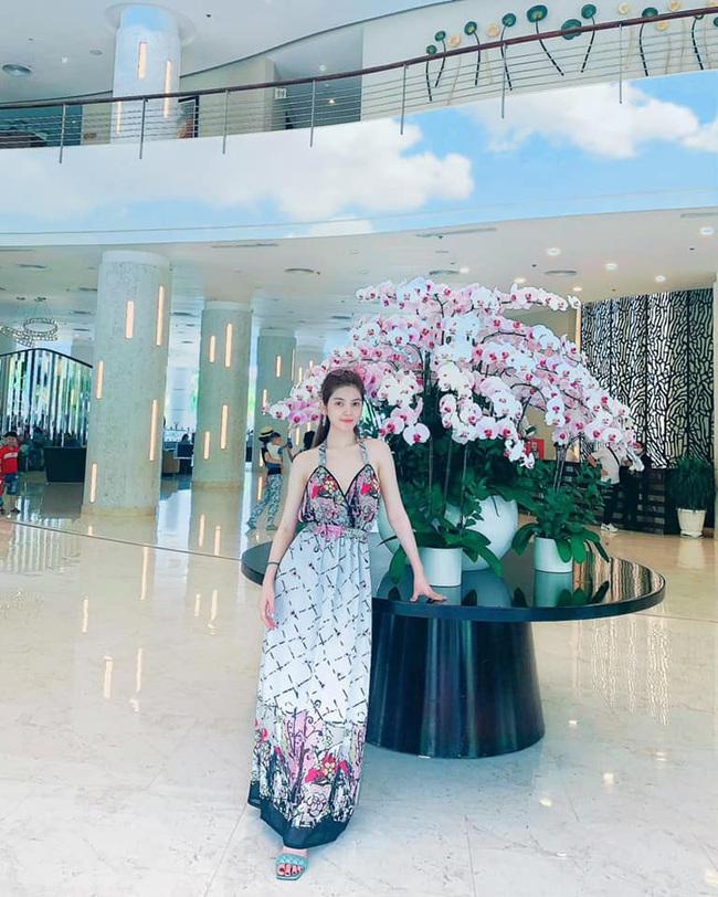 Đây! Lý do bạn gái tin đồn của Quang Hải dáng đẹp như hoa hậu - Ảnh 4.