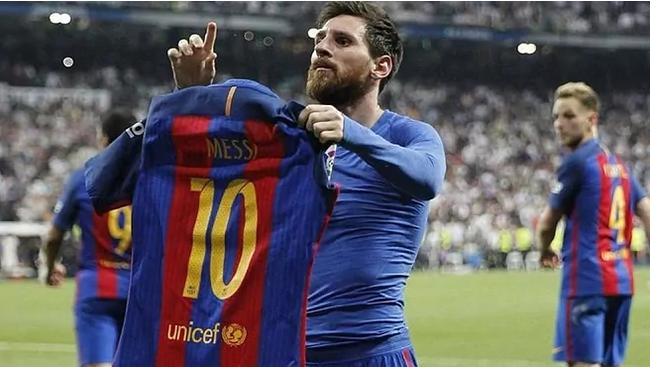 Messi tịt ngòi gần 3 năm ở Siêu kinh điển.