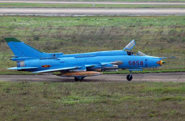 Su-25 thành công rực rỡ ở Trung Đông, xứng đáng thay thế cho Su-22 Việt Nam - Ảnh 3.