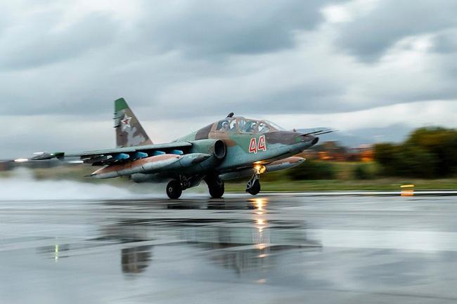 Su-25 thành công rực rỡ ở Trung Đông, xứng đáng thay thế cho Su-22 Việt Nam - Ảnh 6.