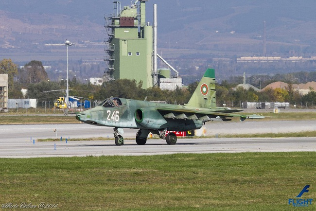 Su-25 thành công rực rỡ ở Trung Đông, xứng đáng thay thế cho Su-22 Việt Nam - Ảnh 11.