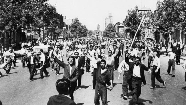 """Từ chỗ """"thân thiết"""", vì sao Mỹ và Iran """"từ mặt nhau"""", căng thẳng suốt hơn 40 năm qua - Ảnh 2."""