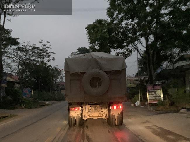 Hà Giang: Xử phạt xe quá tải hơn 150% trên quốc lộ - Ảnh 2.