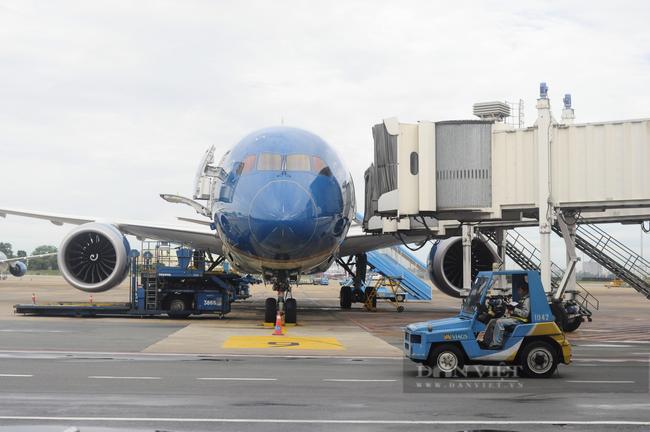 Hà Nội lý giải việc cách ly tập trung hành khách đi máy bay từ TP.HCM về sân bay Nội Bài