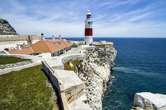 """Gibraltar trở thành điểm đến du lịch """"Hot"""" nhất châu Âu Hè 2021 - Ảnh 6."""