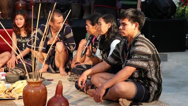 Độc đáo lễ cưới của người dân tộc K'Ho: Nhà trai thách cưới nhà gái - Ảnh 4.