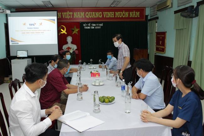 Hội Doanh nhân trẻ Việt Nam và Tập đoàn TTC tặng 1.000 bộ kit xét nghiệm SARS-CoV- 2 cho Huế - Ảnh 3.