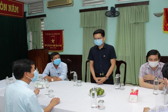 Hội Doanh nhân trẻ Việt Nam và Tập đoàn TTC tặng 1.000 bộ kit xét nghiệm SARS-CoV- 2 cho Huế - Ảnh 2.