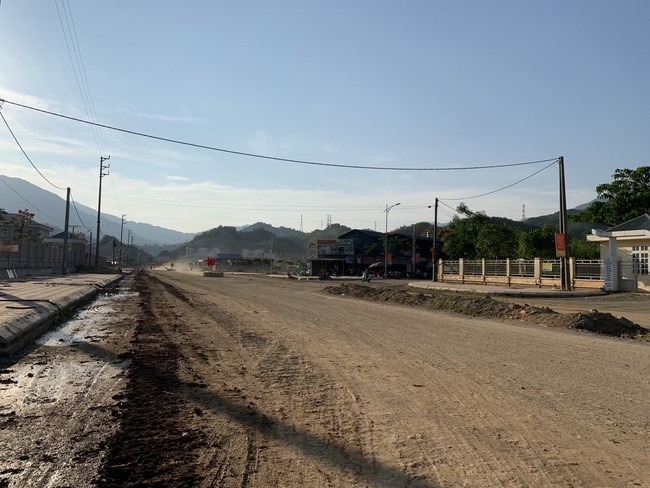 Xây dựng nông thôn mới ở huyện biên giới Nậm Nhùn - Ảnh 4.