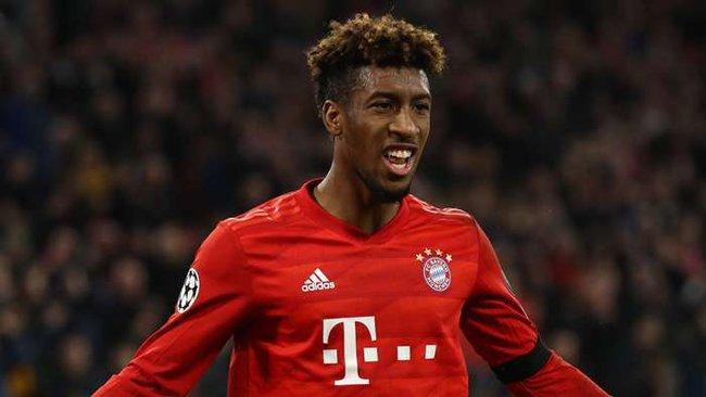 Coman gây áp lực cho Bayern Munich.