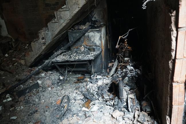 TP.HCM: Vụ cháy nhà làm 8 người chết: Đủ điều kiện để khởi tố vụ án, khởi tố bị can - Ảnh 1.