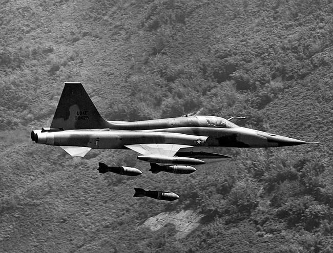 Việt Nam là quốc gia duy nhất từng dùng cả MiG-21 Liên Xô và F-5 Mỹ trong thực chiến? - Ảnh 7.