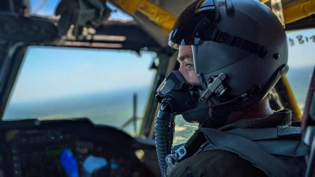 Bên trong khoang lái của B-52: Oanh tạc cơ gần 70 tuổi đã lột xác? - Ảnh 3.