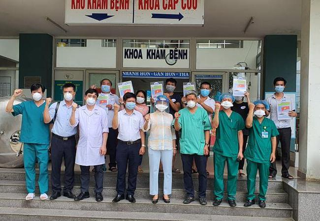 """Đà Nẵng: """"Bệnh viện dã chiến"""" dừng thăm khám, tập trung điều trị ca mắc Covid-19 - Ảnh 2."""
