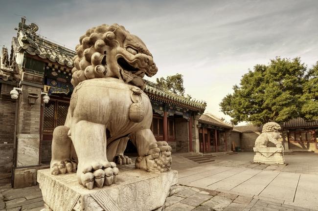 Tại sao các kiến trúc cổ Trung Quốc thường có đôi sư tử đá? - Ảnh 1.