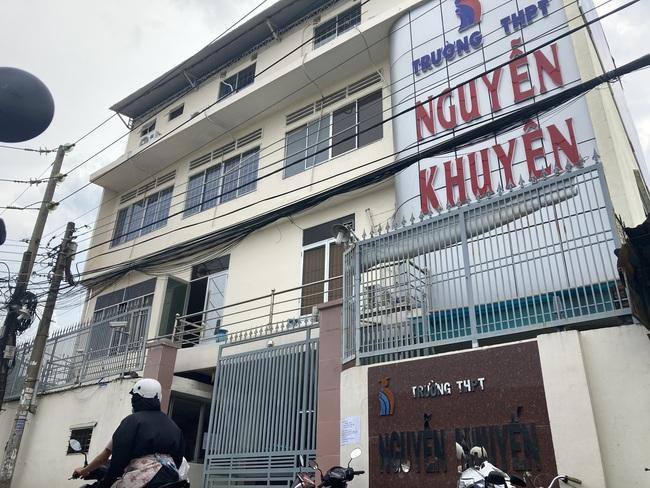 Vụ nữ sinh xăm hình bị đuổi học ở Đồng Nai: Báo chí đăng tin không chính xác? - Ảnh 2.