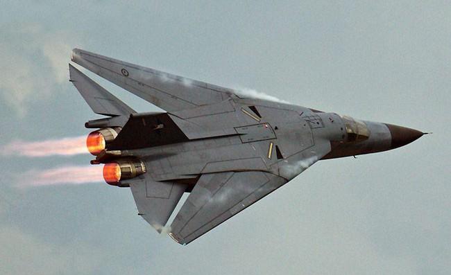 """""""Mãnh thú ném bom"""" F-111 Mỹ bị chôn vùi gây sốc ở Australia - Ảnh 8."""
