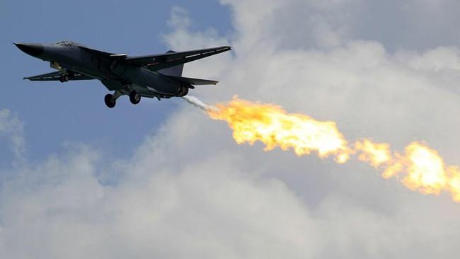 """""""Mãnh thú ném bom"""" F-111 Mỹ bị chôn vùi gây sốc ở Australia - Ảnh 10."""