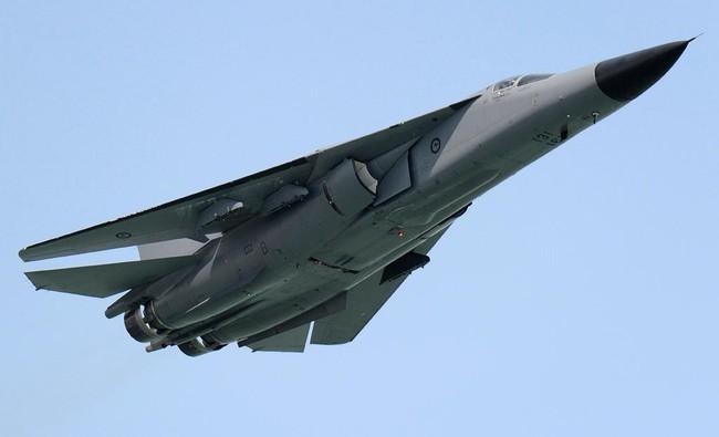 """""""Mãnh thú ném bom"""" F-111 Mỹ bị chôn vùi gây sốc ở Australia - Ảnh 16."""
