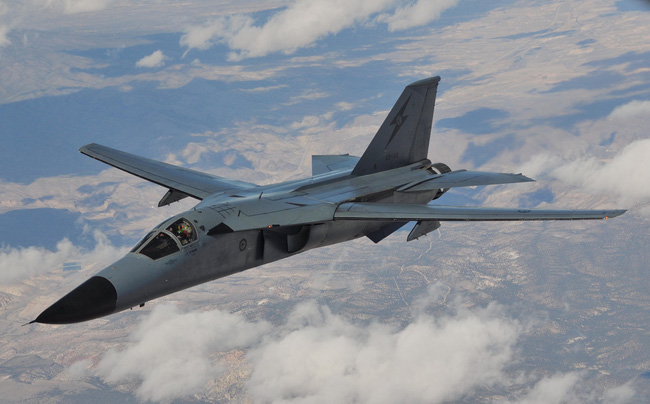 """""""Mãnh thú ném bom"""" F-111 Mỹ bị chôn vùi gây sốc ở Australia - Ảnh 21."""