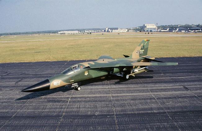 """""""Mãnh thú ném bom"""" F-111 Mỹ bị chôn vùi gây sốc ở Australia - Ảnh 30."""