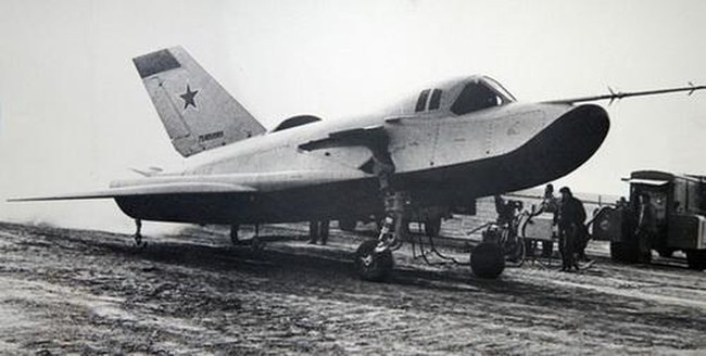 """MiG-105 Liên Xô có """"bản nhái"""" là máy bay vũ trụ X-37B tuyệt mật của Mỹ? - Ảnh 12."""