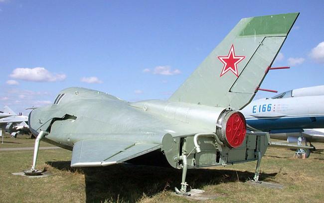 """MiG-105 Liên Xô có """"bản nhái"""" là máy bay vũ trụ X-37B tuyệt mật của Mỹ? - Ảnh 15."""