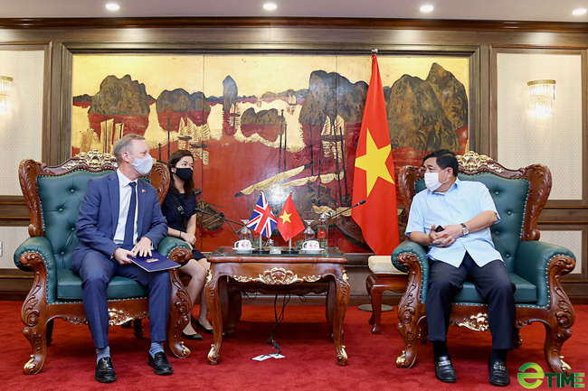 Bộ trưởng phụ trách Xuất khẩu Vương quốc Anh: Việt Nam - cơ hội vô song cho các doanh nghiệp Anh - Ảnh 2.
