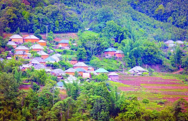 Mùa đổ nước ở thung lũng Thiên Sinh - Ảnh 5.