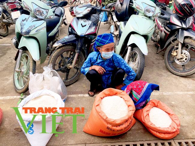 Lai Châu: Nông dân huyện Nậm Nhùn gắn sản xuất với phòng chống dịch Covid-19  - Ảnh 5.