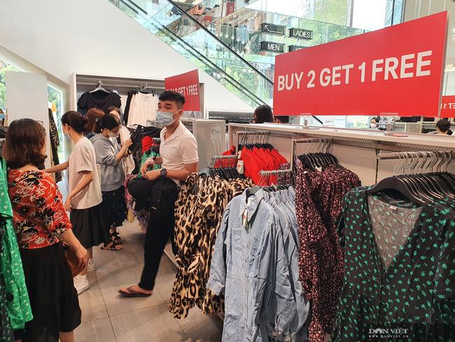 """Zara, H&M kiếm nghìn tỷ, thời trang Việt lại """"lép vế"""", vì sao? - Ảnh 1."""