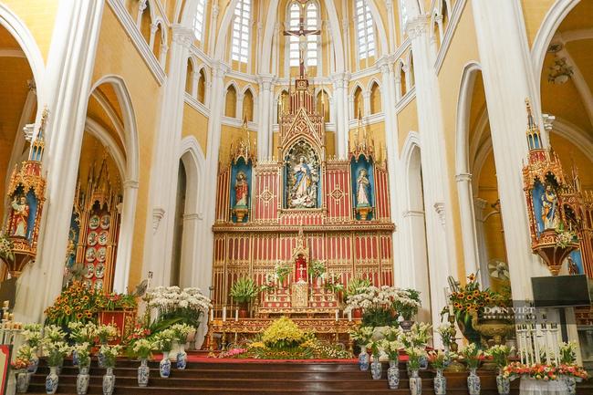 Nhà thờ 11.jpg