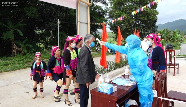 Người Dao ở Ba Chẽ đi bầu cử - Ảnh 4.