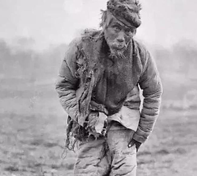 Cuộc sống cuối thời nhà Thanh: Lính nước ngoài ngang nhiên vồ thiếu nữ, đút tiền để được chết nhanh hơn - Ảnh 5.