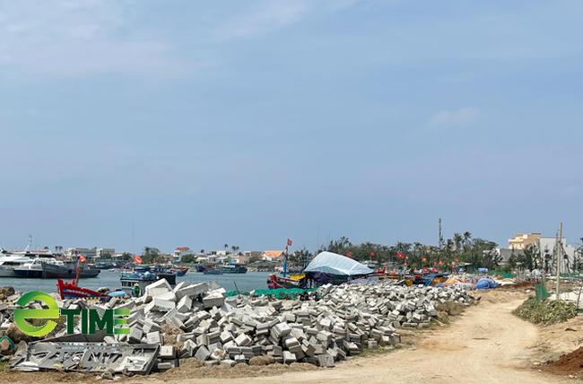 Quảng Ngãi: Bác kiến nghị giao quyền quản lý 3 công trình cảng cho huyện Lý Sơn   - Ảnh 7.