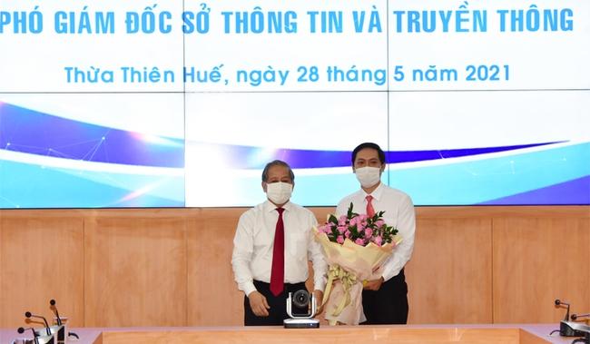 TT-Huế: Bổ nhiệm lãnh đạo chủ chốt các Sở Công Thương, TT&TT và Văn phòng UBND tỉnh  - Ảnh 2.