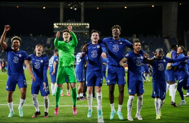 CHÙM ẢNH: Chelsea vỡ òa đăng quang Champions League - Ảnh 11.