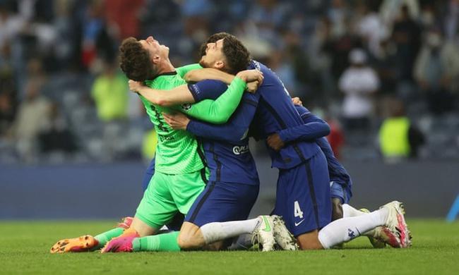 CHÙM ẢNH: Chelsea vỡ òa đăng quang Champions League - Ảnh 4.