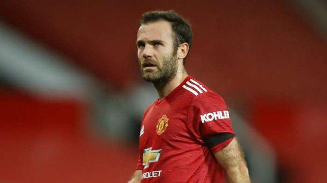 Mata không có nhiều cơ hội ra sân ở mùa này.