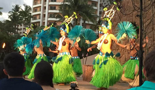 """Tục lệ tôn vinh các bộ phận """"nhạy cảm"""" trong văn hóa bản địa Hawaii - Ảnh 5."""