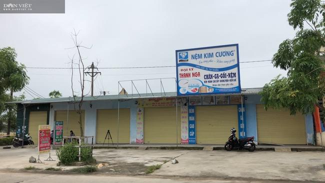 CLIP - ẢNH: Phong toả 2 thôn (xã Tượng Sơn và Việt Tiến, Hà Tĩnh) có trường hợp dương tính với Covid-19 - Ảnh 10.