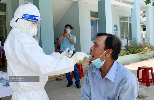 Quảng Ngãi: Toàn bộ người dân nơi F0 sinh sống được xét nghiệm SARS-COV-2  - Ảnh 1.